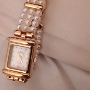 CROTON very fine MOP freshwater pearl band